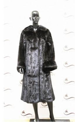 Шуба из норки черная с длинными рукавами БУ.