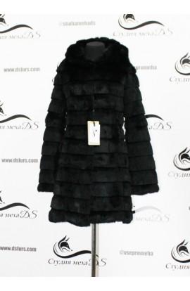 Черная шуба из кролика с длинными рукавами новая.