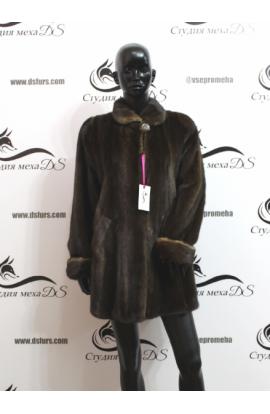 Норковая шуба с меховыми вставками на рукавах БУ.