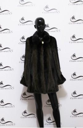 Укороченная норковая шуба черного цвета БУ.